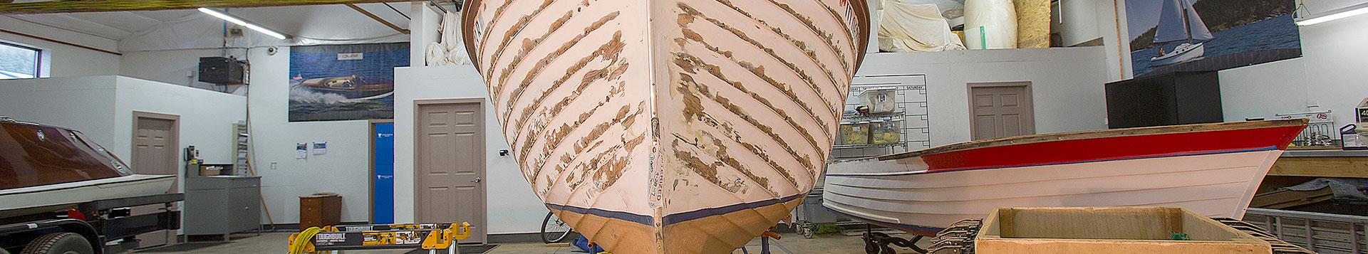 Finest wood boat restoration services, Coeur Customs